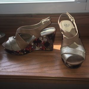 BKE Wedge Sandals